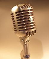 Mikrophon - Holger.Ellgaard / http://de.wikipedia.org